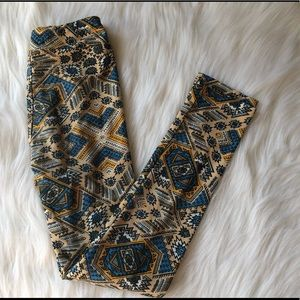 LulaRoe girls leggings